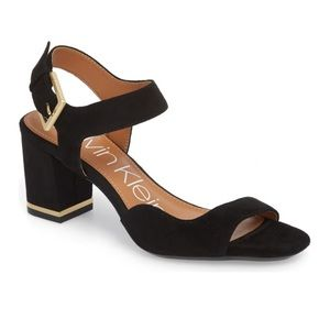 NIB Calvin Klein Asymmetrical Chantay Sandal Sz 6